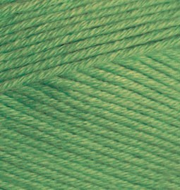 492 zelená trávová