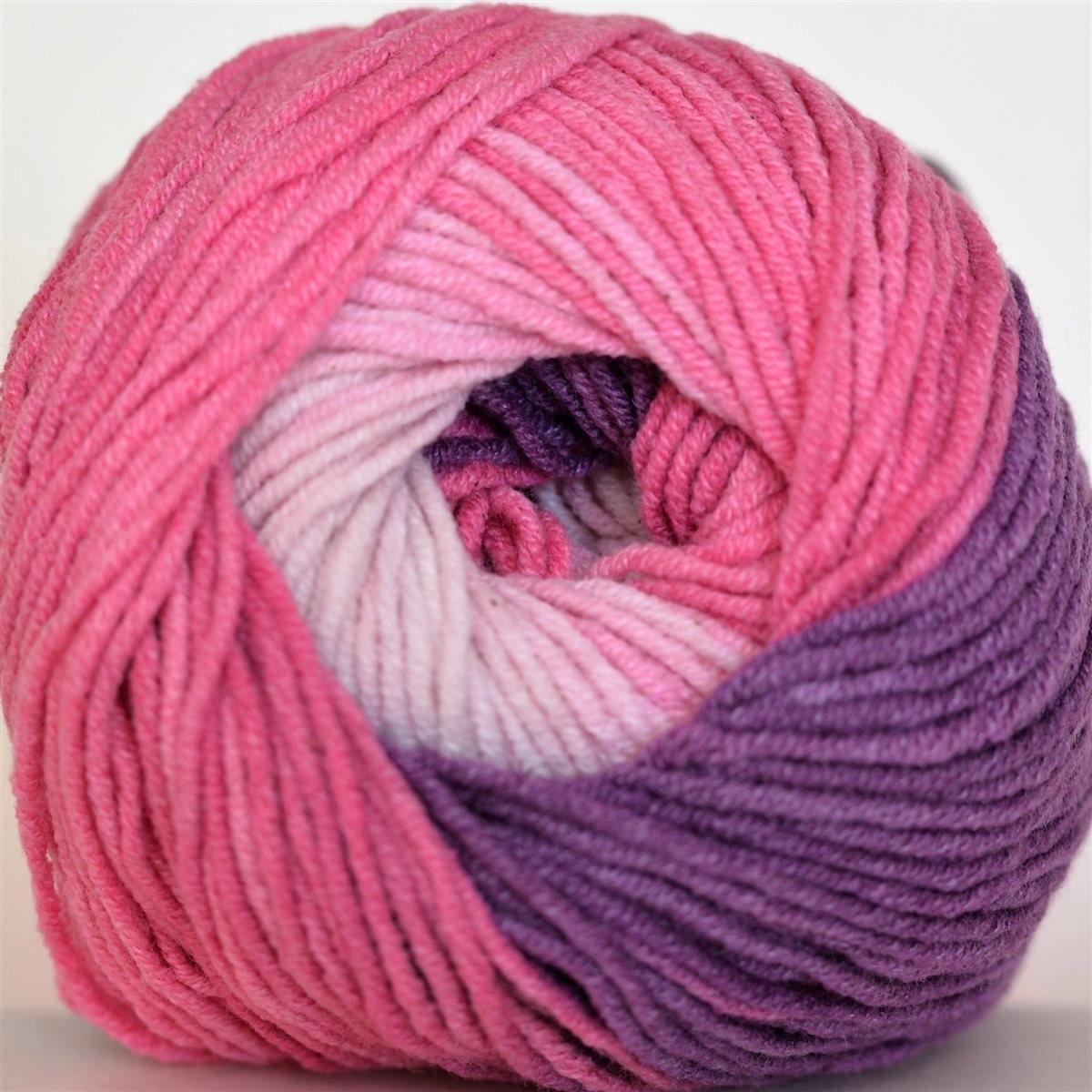 3302 ružovo-fialová