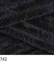 742 čierna
